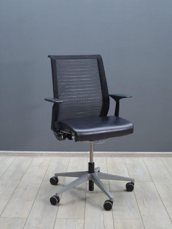 Кресло компьютерное Steelcase Think